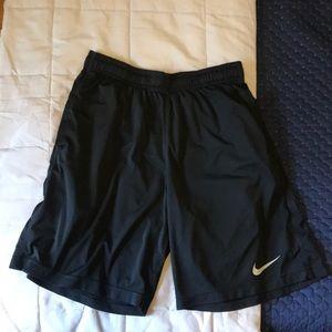 Men's Nike Dri-FIT Athletic Shorts (M), black